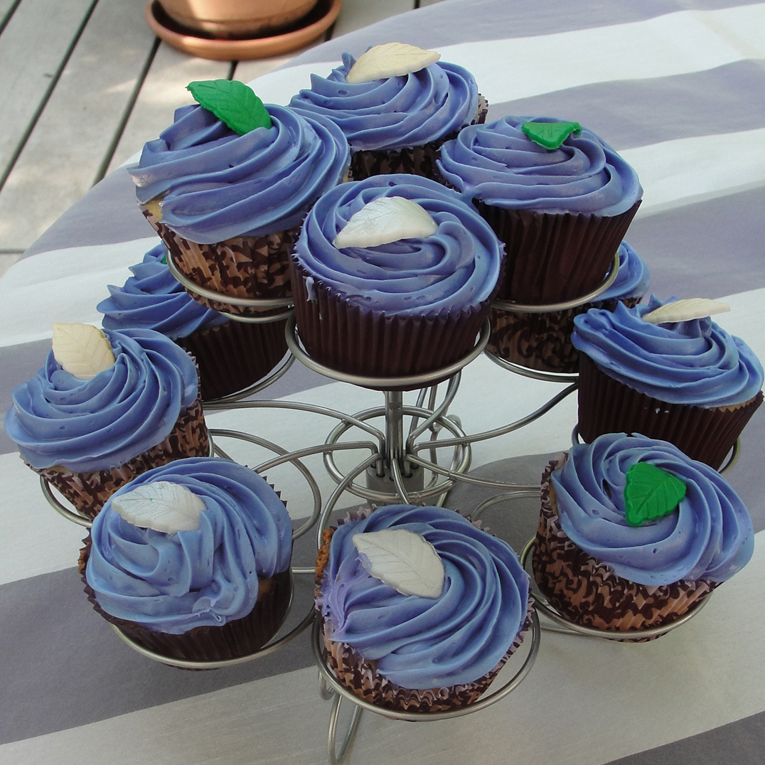 Purple Wedding Cupcakes with leafs
